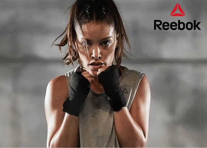 Każdy ruch dodaje Ci siły! Odkryj Reebok Combat Noble Trainer.